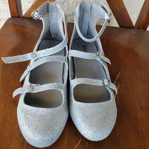 Michael Kors GIrls silver glitter flats